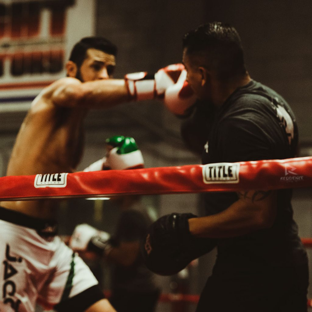 Coach-and-fighter-at-the--Darkhorse-Gym-San-Jose