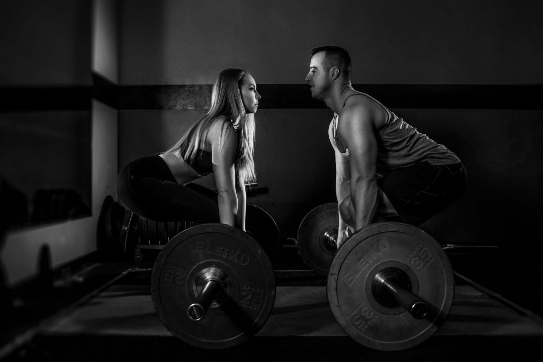 fitness-couple-at-morgan-hill-athletic-club-MHAC-deadlifting-couple